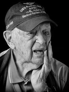 Mort Ben, US Navy veteran
