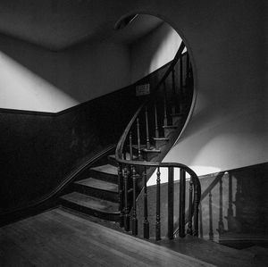 landing, spiral staircase