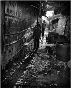 Child laborers live near their workplace.
