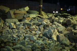 Construction / Destruction