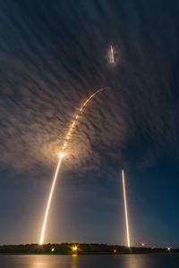 SpaceX CRS9 Falcon9 rocket: launch and landing