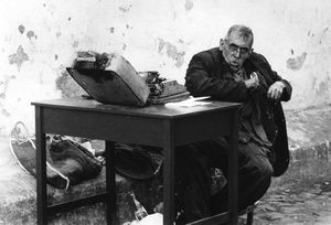 Public letter writer, Cuernavaca, Mexico