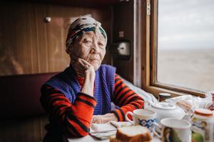 Dina (79)