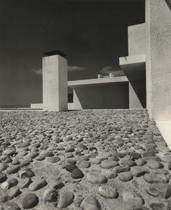Casa Rozes, Rosas (Gerona), 1962 © Frances Catala-Roca, courtesy of Museo ICO and PHoto Espana