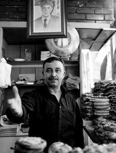 Urfa Bread vender
