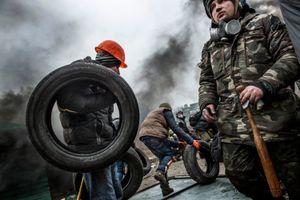 Behind Kiev's barricades_35
