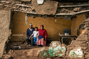 Mncedisi Dlisani with his wife Nokwakha and thier daughter Sisipho - Teko Springs, South Africa 2015