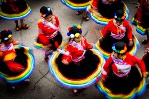Bailando por las calles de Puno
