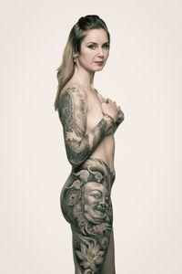 Desanka, 30 – tattooist