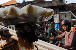 Traffic jam in Ubud