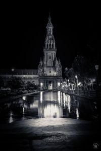 Plaza de España - BW Reflect