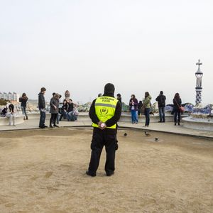 barcelona - security at parque Guell