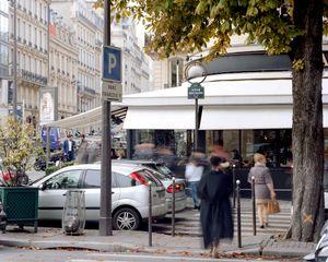 Avenue Montaigne, 75008 Paris, France - Octobre 2015