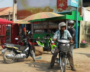 9 cambodge on the road