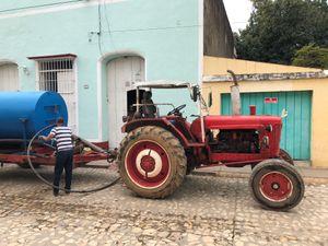 Man and Tractor, Trinidad
