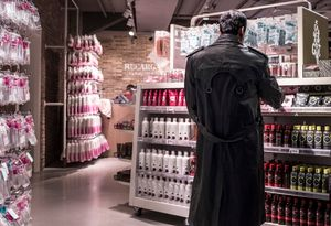 BAMBI BACKS - Mystery Shopping