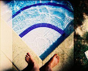 Footloose pool