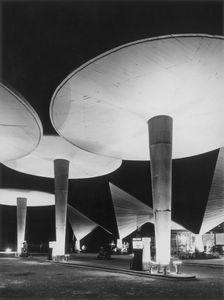 Estacion de servicio Oliva, Valencia, 1960 © Finezas, courtesy of Museo ICO and PHoto Espana