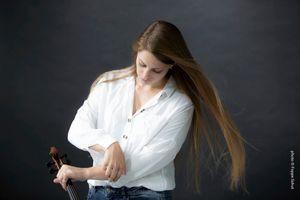 Maren Bosma. Violin player