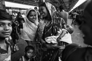 IMPRESSIONS AT THE OLD DELHI RAILWAY STATION 40
