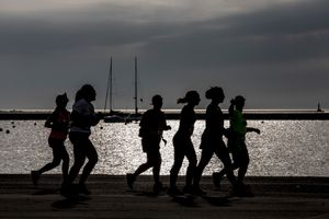 Waterfront Runners 3