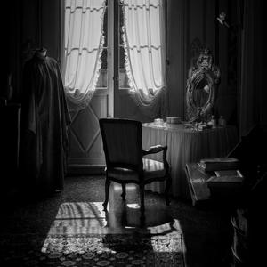 The Venetian dressing table