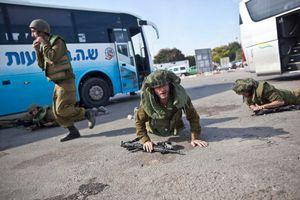Hiding from rockets Yad Mordechay 2012