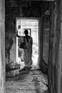Reflex Thyself at the Temple