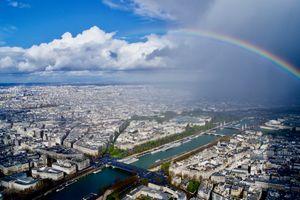 Parigi e l'arcobaleno