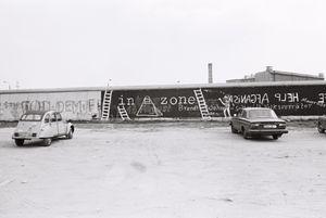 Berlin Wall 1980 #8 In Zone