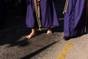 Some people participate barefoot, to increase the experience of suffering. Processions can cover kilometres and may take up to 9 hours.