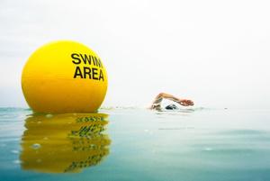 Heny and swim buoy