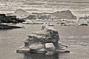 Ilulissat at Disko Bay, Icebergs from Jacobshavn Ice Fjord, Greenland