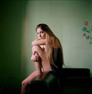 Angela(21)© Paola De Grenet