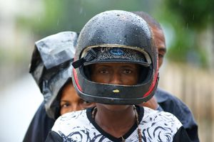 Трое на мотоцикле | Three on the bike