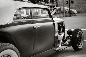 Hot rod on the strip (San Anselmo)