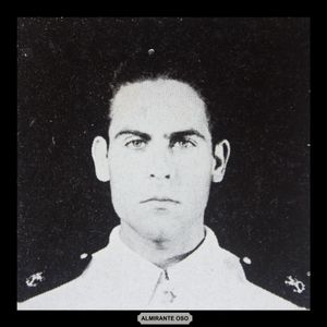 Almirante Oso - Los Egresados