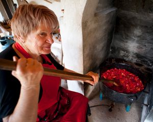 Stirring the Lyutinitsa
