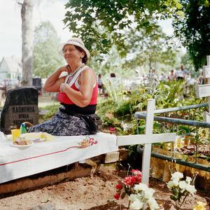 Laine picnics on her family's grave