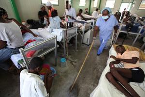 Cleaning Ti Kay TB clinic