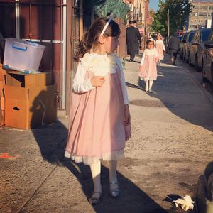 Street Dailies: Portraits of the Hasidic Community, Skillman Street, 2016