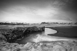 Icelandic coast currents