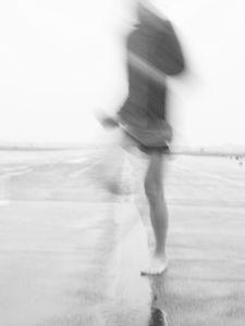 early morning jogger, tempelhofer freiheit / tempelhofer feld / airfield tempelhof / berlin germany tempelhof