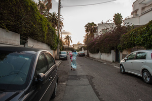 Casablanca, March 2015. M. has finished her day's work and leaving home with her child. She's 20 and comes from a village called Boujad. She didn't study, and started working to mantain the family with other 5 children. Then she met a guy who promised to marry her, but disappeared after discovering her pregnancy.