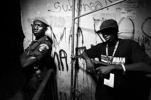 Policeman & Rapper (Thioume Baye)
