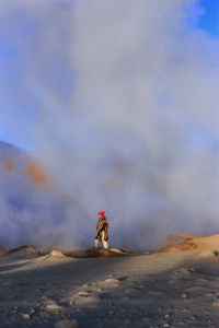 MUJER VOLCÁN