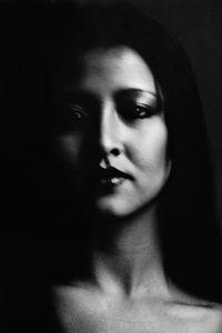 Woman Loondon 1079