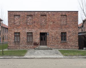 GW_Prisoners' Barracks, Block 26, Auschwitz-Birkenau Memorial and Museum, 2016