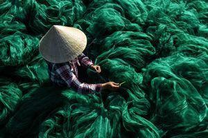 Fishing nets moments