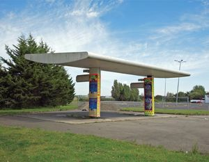 """Station #6, from """"Twentysix Abandoned Gasoline Stations"""" © Eric Tabuchi"""